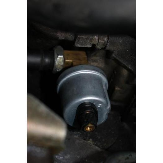 Oil pressure/temp sender adapter
