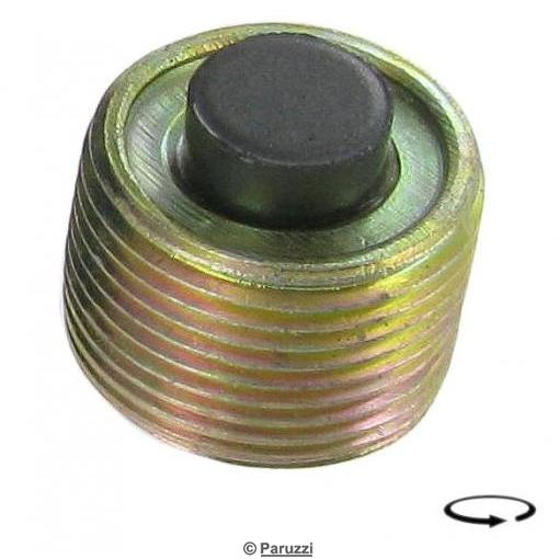 Magnetic gearbox oil drain plug